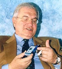 Αντλία ινσουλίνης. Συνέντευξη με τον Καθηγητή Παθολογίας κ. Σ. Α. Ράπτη