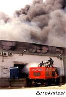 Επικίνδυνες διοξίνες μετά την πυρκαγιά στο Αιγάλεω
