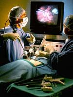 Χειρουργική χωρίς τομές και πόνο και επιστροφή στο σπίτι την επόμενη μέρα