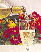 Νέο λευκό κρασί ισάξιο του κόκκινου