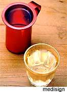 Μέτρια κατανάλωση αλκοόλ μειώνει τον κίνδυνο για άνοια