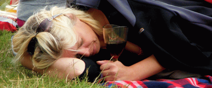 Ο αντιφεμινισμός του αλκοόλ