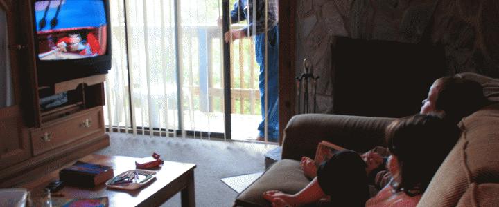 Η τηλεόραση… παχαίνει τα παιδιά;