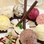Διαλέγοντας παγωτό