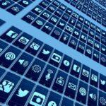 Εθισμός στο Διαδίκτυο: τo μαχαίρι ή το χέρι που το κρατά;
