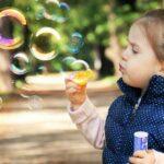 Πώς βιώνει το παιδί τις αλλαγές και πώς αντιδρά σε αυτές