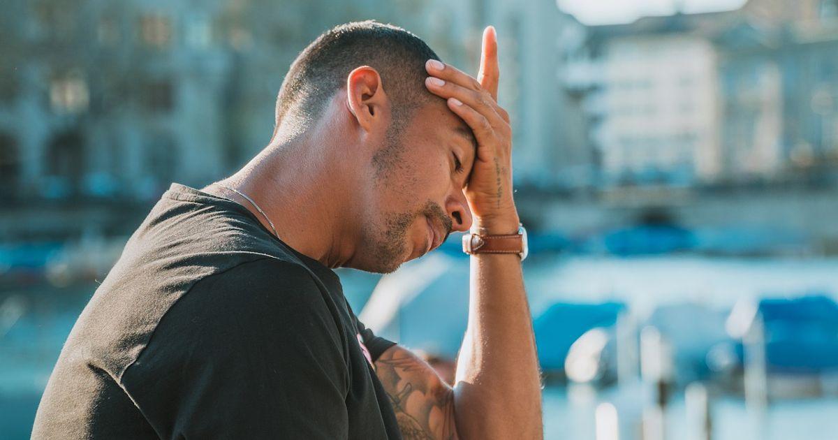 Read more about the article Γιατί οι πονοκέφαλοι είναι πιο συχνοί το καλοκαίρι;