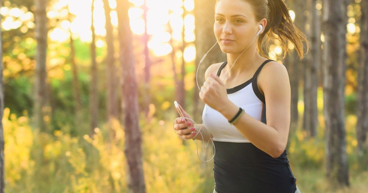 Read more about the article Παγκόσμια ημέρα Οστεοπόρωσης: Ποια είναι η κατάλληλη άσκηση για να την αντιμετωπίσετε